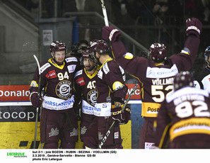 but 2-1 : joie BOZON - RUBIN - BEZINA - VOELLMIN (GS)   2.3.2019 , Genève-Servette - Bienne  GS-BI photo Eric Lafargue